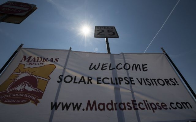 A sign welcoming eclipse visitors August 19, 2017 in Madras, Oregon. The town is preparing for the August 21 total solar eclipse that will be visible across the continental US.  (AFP PHOTO / STAN HONDA)