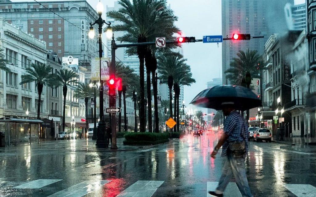 Lyric louisiana rain lyrics : Louisiana braces for heavy winds and rain as Harvey strikes again ...