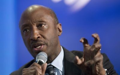 "Merck Chairman and CEO Kenneth Frazier participates in a session ""The Future of Impact,"" at the Clinton Global Initiative in New York, September 27, 2015. (AP Photo/Mark Lennihan/File)"