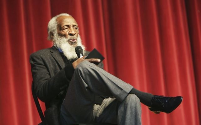 Civil rights activist, writer, social critic, and comedian Dick Gregory, talks to the crowd at the 16th annual Tampa Bay Black Heritage Festival, MLK Leadership Luncheon, January 20, 2016. (Scott Keeler/Tampa Bay Times via AP)