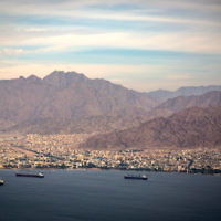 The southern Israeli city of Eilat and Jordanian city of Aqaba seen on December 18, 2014. (Hadas Parush/Flash90)