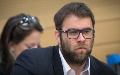 Likud MK Oren Hazan attends a committee meeting at the Knesset on July 26, 2017. (Yonatan Sindel/Flash90)
