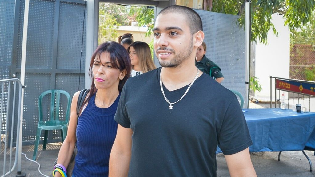 IDF soldier who killed wounded terrorist released from prison