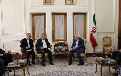 Iranian Foreign Minister Mohammad Javad Zarif (center right) meets with senior Hamas officials in Tehran on August 7, 2017. (screen capture)