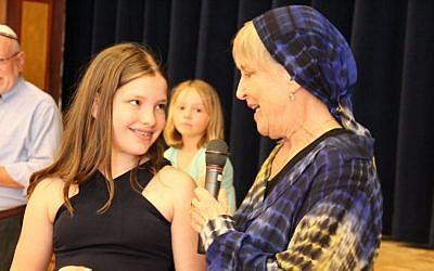 Rabbi Rachel Cowan with her granddaughter. (Courtesy Lisa Cowan)