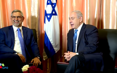 Prime Minister Netanyahu (right) meeting with Cape Verde President Jorge Carlos Fonseca during a summit in Monrovia, July 4, 2017 (screen grab YouTube)