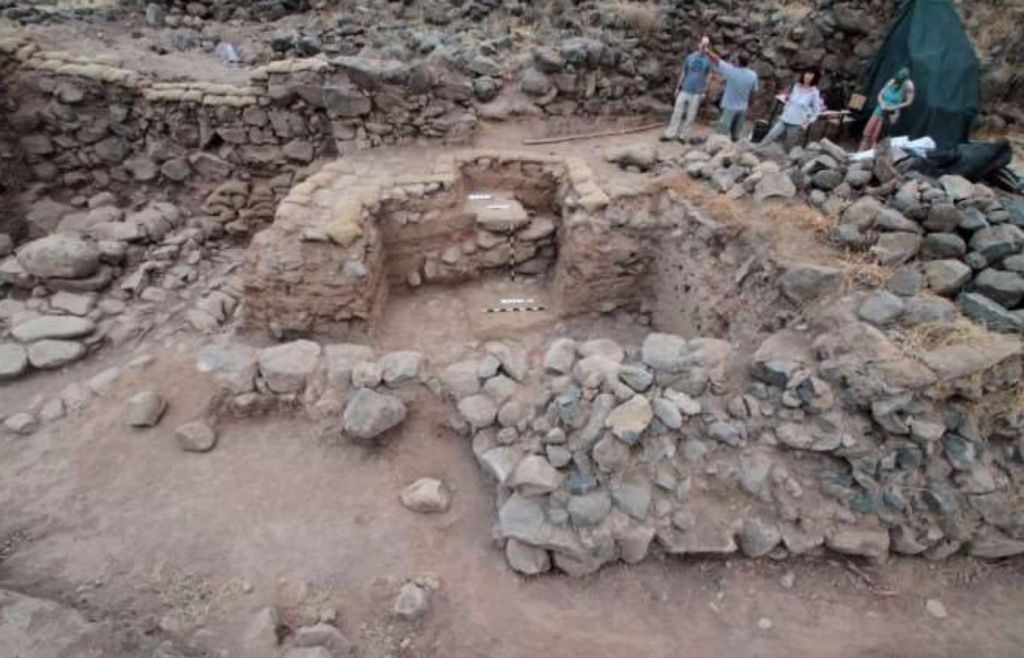 Taken from the 2016 report of the e-Tell excavation site of Bethsaida, Area A South, Stratum VI city gate. (courtesy)