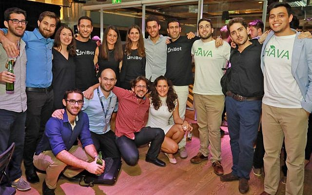 This year's cohort of Birthright Israel Excel Ventures entrepreneurs at the final presentation evening of their projects, August 1, 2017  (Courtesy/Avishai Finkelstien)