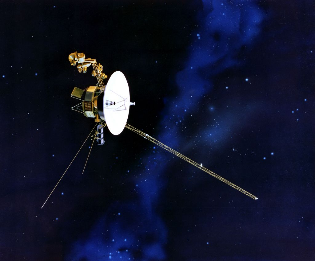 Nasa lets send message to voyager 1 on 40th anniversary the artists concept of voyager in flight public domain nasa voltagebd Gallery