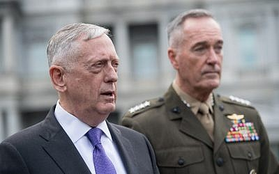 US Defense Secretary James Mattis, left, and Gen. Joseph Dunford, chairman of the Joint Chiefs of Staff, arrive to speak to the press about the situation in North Korea at the White House in Washington, DC, September 3, 2017. (AFP/NICHOLAS KAMM)