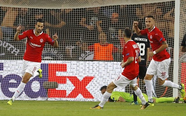 Illustrative: Hapoel Beersheba's Israeli midfielder Daniel Einbinder reacts after scoring during the UEFA Europa League football match between Hapoel Beer-Sheva FC and FC Lugano on September 14, 2017 at the Turner Stadium in Beersheba. (AFP PHOTO / JACK GUEZ)