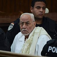 This file photo taken on February 28, 2015 shows Egypt's former Muslim Brotherhood supreme guide Mohammed Mahdi Akef looks on during his trial in the capital Cairo (AFP / Mohamed el-Shahed)