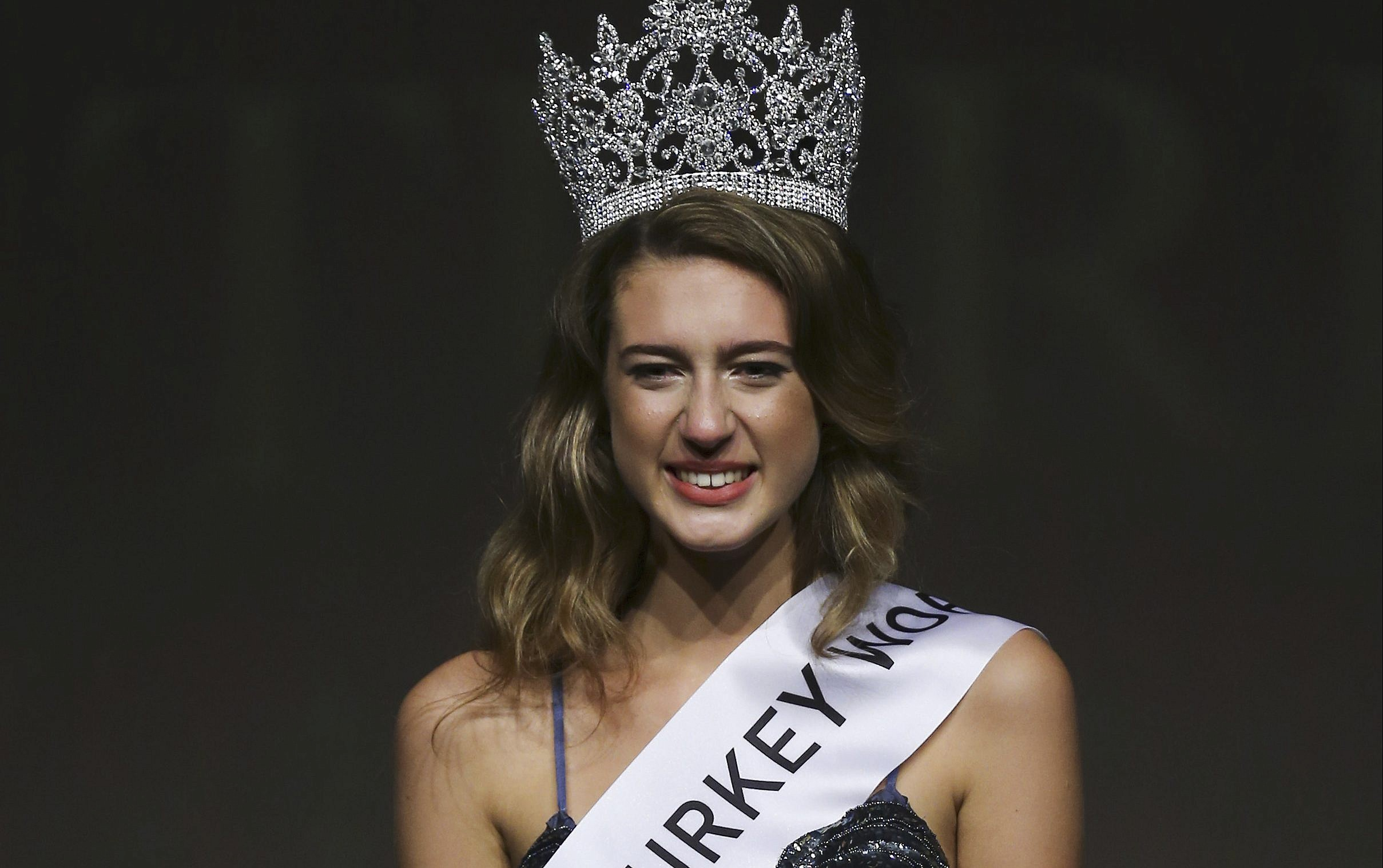 Prosecutors seek prison term for ex-Miss Turkey