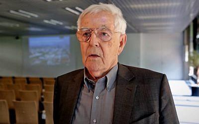 Screen capture from video of architect Albert Speer Jr. (YouTube/wissenschaftsjahr)