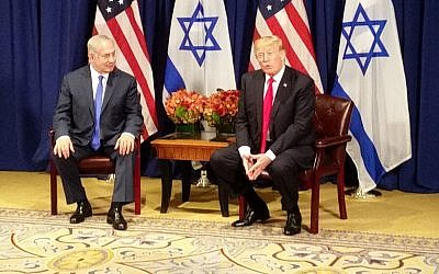 US President Donald Trump (r) meets with Israel Prime Minister Benjamin Netanyahu in New York on the eve of the UN General Assembly on September 18, 2017. (Raphael Ahren/Times of Israel)