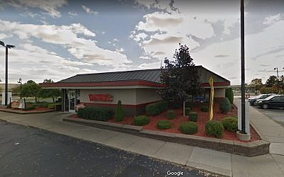 Screen capture of a Denny's restaurant in Sterling Heights, Michigan. (Google Maps)