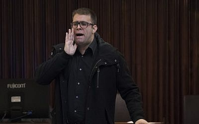 MK Oren Hazan reacts during a plenum session in the assembly hall of the Knesset, January 25, 2017. (Yonatan Sindel/Flash90)