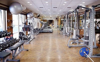 An illustrative photo of a gym. (Wikimedia Commons)