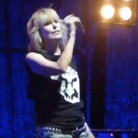 Chrissie Hynde and The Pretenders play in Tel Aviv on September 23, 2017 (YouTube screenshot)