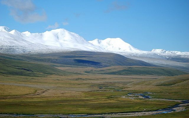 View of Tavan Bogd region in Mongolia. (CC-BY: Wikimedia/Kobsev)