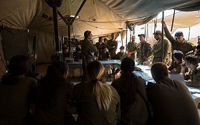 IDF soldiers prepare for the 'Light of the Grain' exercise, the army's largest in 20 years, on September 4, 2017. (Israel Defense Forces)