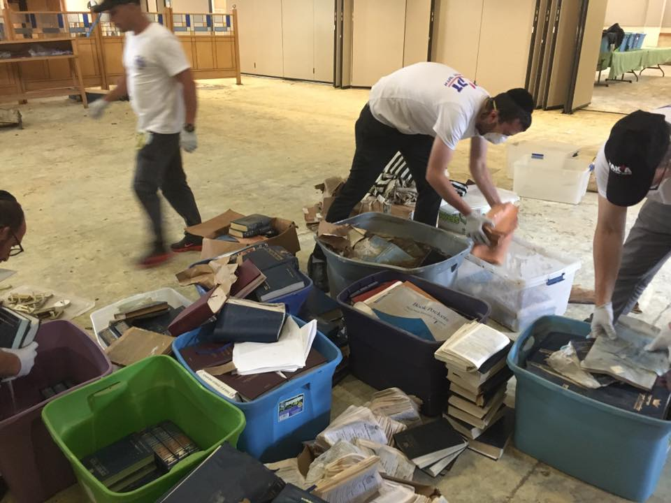 ZAKA team helping with hurricane clean-up in Houston | The