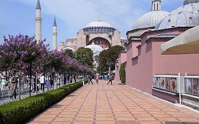 An illustrative photo of the Sultan Ahmed Mosque or Sultan Ahmet Mosque (Blue Mosque) in Istanbul, Turkey. (iStock/Getty Images)