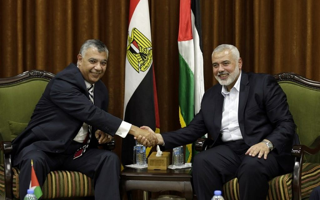 Haniyeh orders Hamas leaders not to comment on Egypt demonstrations