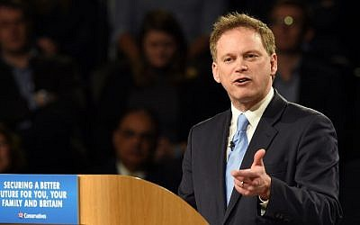 Grant Shapps making a speech at the Conservative Party Spring Forum in Manchester, north-west England, in 2015 (AFP PHOTO / PAUL ELLIS)