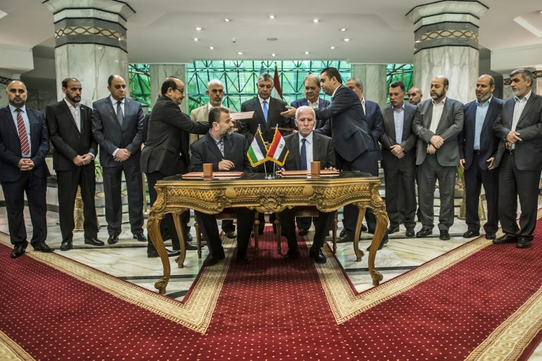 Palestinian political parties sign reconciliation agreement