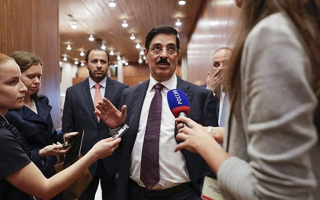 Former Qatari culture minister and Qatar's candidate for the nomination of Unesco's new director general, Hamad bin Abdoulaziz Al-Kawari, addresses the media at the Unesco headquarters in Paris on October 13, 2017. (AFP/Thomas Samson)