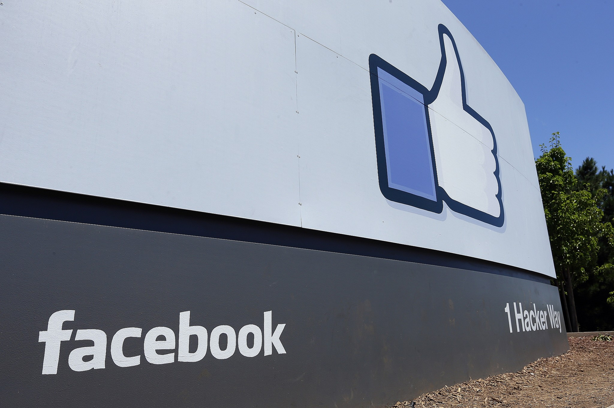 Facebook Says Estimated 10 Million Americans Saw Russia