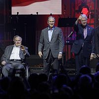 Former Presidents from right, Barack Obama, Bill Clinton, George W. Bush, George H.W. Bush and Jimmy Carter gather on stage at the opening of a hurricanes relief concert in College Station, Texas, on October 21, 2017. (AP Photo/LM Otero)