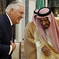 US Secretary of State Rex Tillerson (left) and Saudi King Salman speak before their meeting, October 22, 2017, in Riyadh, Saudi Arabia. (AP Photo/Alex Brandon, Pool)