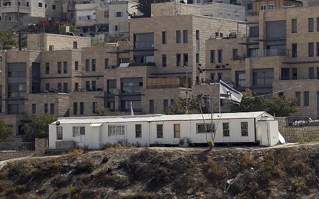 The Nof Zion neighborhood in East Jerusalem, October 25, 2017. (Mahmoud Illean/AP)