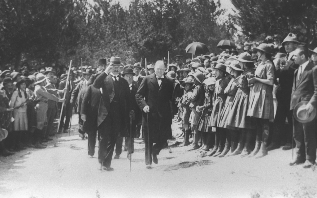 Colonial secretary Winston Churchill with Sir Herbert Samuel during a visit to Jerusalem in March 1921. (Public domain)