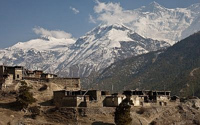 Illustrative: Bragha,, in the Himalayan Annapurna Range. (CC BY-SA Greg Willis, Wikimedia Commons)