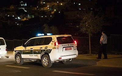Illustrative image of a police car on November 28, 2013. (Yonatan Sindel/Flash90)