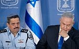 Israeli Chief of Police Roni Alsheich seen with Prime Minister Benjamin Netanyahu at a welcoming ceremony held in Alsheich's honour, at the Prime Minister's Office in Jerusalem, on December 3, 2015. (Miriam Alster/Flash90)