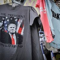 A T-shirt depicting US president Donald Trump for sale in NYC. December 23, 2016. (Serge Attal/FLASH90)