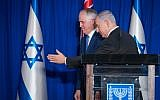 Israeli Prime Minister Benjamin Netanyahu (R) and Australian Prime Minister Malcolm Turnbull during a joint press conference at the Prime Minister Office in Jerusalem, on October 30, 2017. (Yonatan Sindel/Flash90)