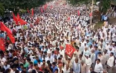 Members of All India Kisan Sabha (AIKS) attend a rally in Rajasthan in September 2017. (Screen capture: YouTube)
