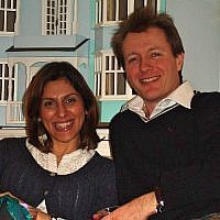 Nazanin Zaghari-Ratcliffe (L) and her husband, Richard Ratcliffe, in 2011. (CC BY-SA, Wikimedia)