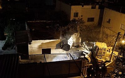 Israeli troops demolish home of a Palestinian suspected of murdering an Israeli man in an October terror attack on December 1, 2017. (Israel Defense Forces)