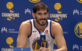 Omri Casspi addresses the press during the Golden State Warriors media day on September 22, 2017. (Screen capture/YouTube)