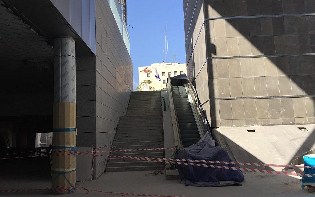 Stairs from street level to the open-sky entrance area outside Yitzhak Navon Railway Station, Jerusalem, October 27, 2017 (ToI staff)