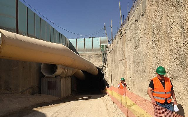 Emerging from tunnels beneath Shazar Boulevard, where traffic will run from the entrance to Jerusalem, October 27, 2017 (ToI staff)