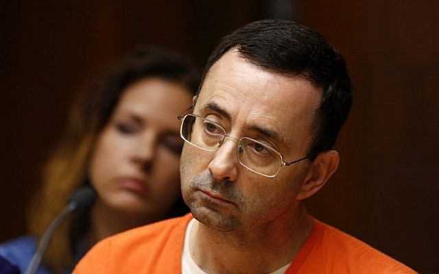 Former Michigan State University and USA Gymnastics doctor Larry Nassar seen in the 55th District Court,  June 23, 2017. (AFP/JEFF KOWALSKY)