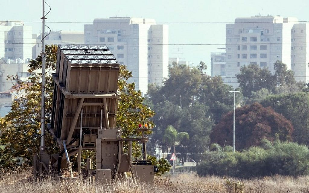 An Iron Dome anti-rocket battery is deployed in central Israel, on November 14, 2017. (Jack Guez/AFP)