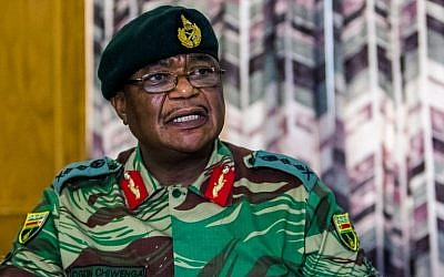 This file photo taken on November 13, 2017 shows Army General Constantino Chiwenga Commander of the Zimbabwe Defence Forces addressing a media conference held at the Zimbabwean Army Headquarters in Harare. (AFP PHOTO / Jekesai NJIKIZANA)